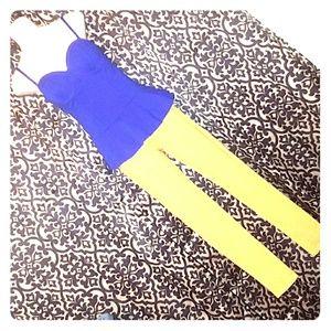💕5/$15💕 🆕NWOT--Blue Blouse & Mustard Jeggings